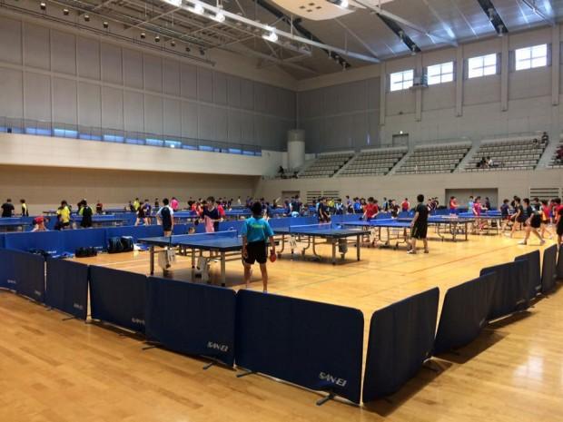 全国中学校卓球大会【目立つ選手】がいます