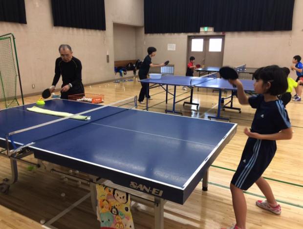 岡田隆コーチの卓球の球出しの【アツイ】洗礼