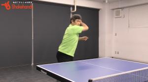 平岡義博がトップ選手を分析! 打たせないサーブの打ち方