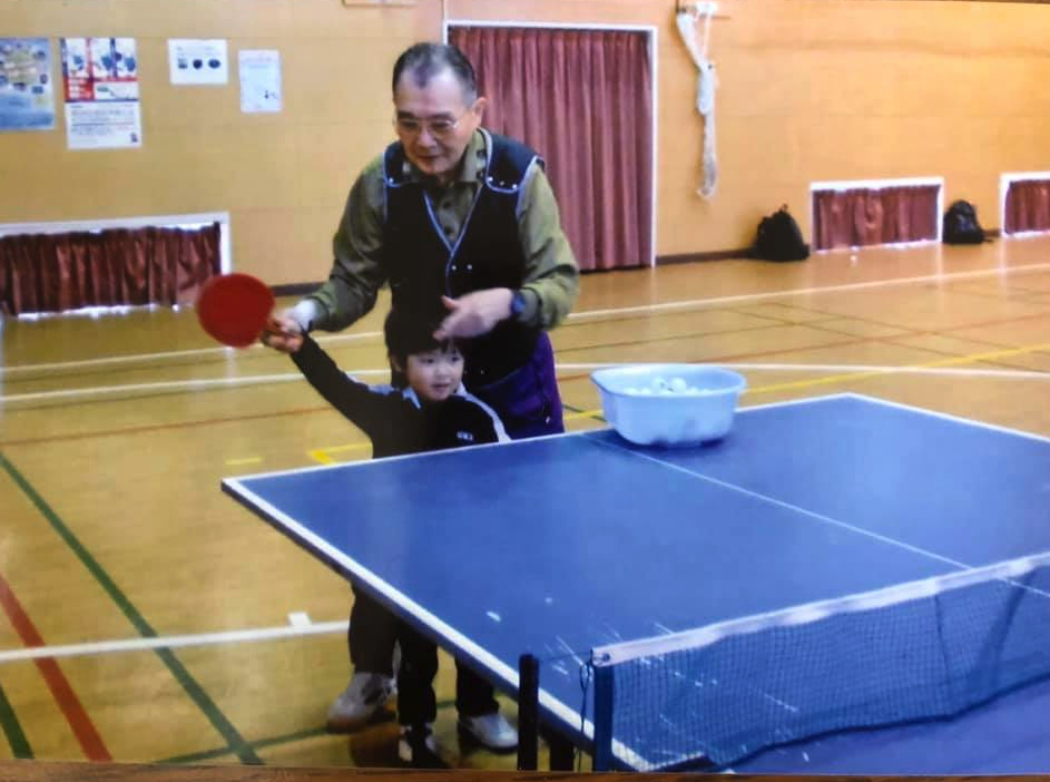 頑張っている宇田幸矢の幼稚園児の時の卓球動画