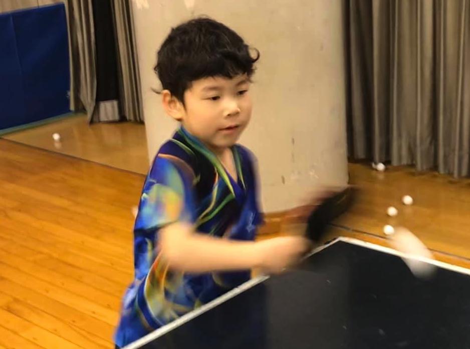 卓球は楽しいよの優しい顔