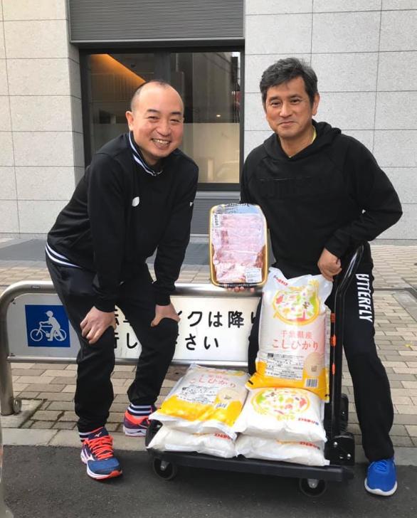 全日本卓球選手権大会男子シングル優勝の副賞 お裾分けにあずかりました