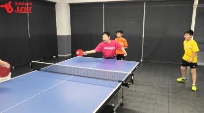 【平岡義博の3人多球練習】小学生でもできる台上からの攻撃