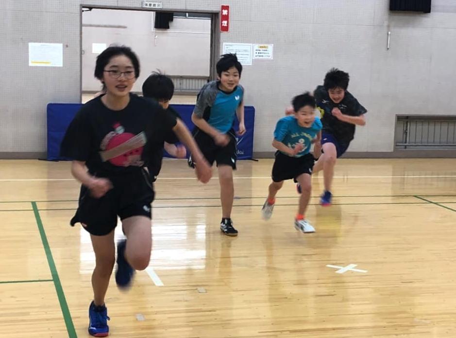 ライブ配信で全日本卓球の試合を観ています